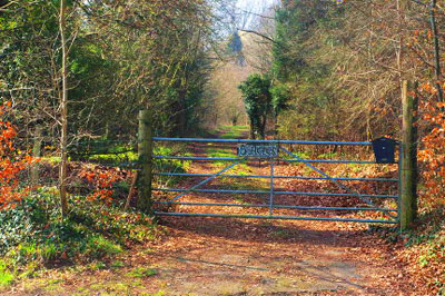 five-acres-downe-gate